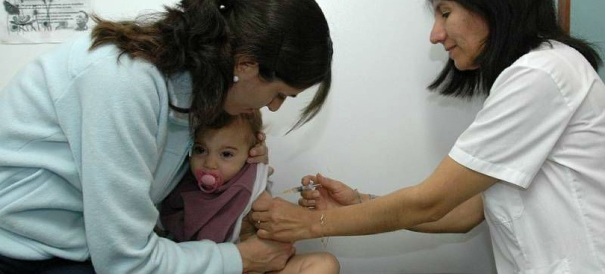 Dio inicio la campaña nacional contra el sarampión y rubeóla