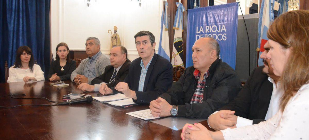 «Sergio Casas no tiene impedimento constitucional para ser reelecto»