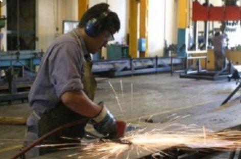 Otra empresa cierra sus puertas y despide docenas de empleados