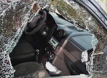 En violento robo, motochorros sustrajeron maletín con 80 mil pesos