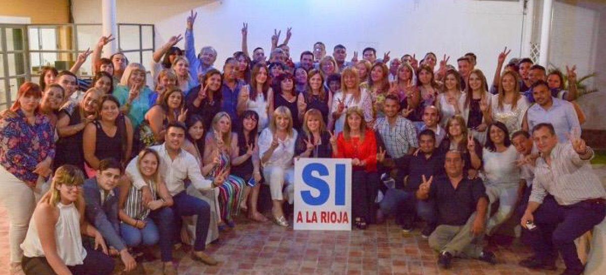 Consulta popular. Tere Madera puso primera y capitanea campaña por el SI