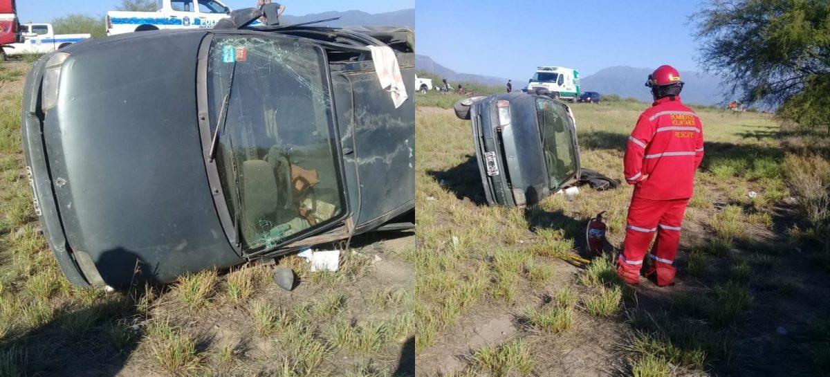 Volcó un auto con una familia a bordo: seis heridos, tres de ellos menores