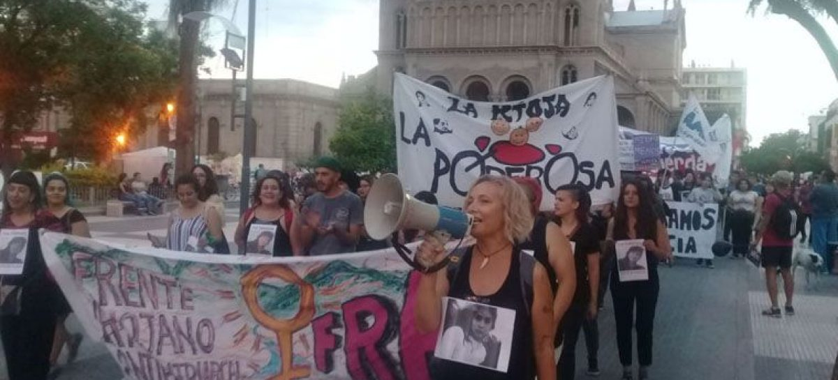 El paro de mujeres también se hizo sentir en La Rioja