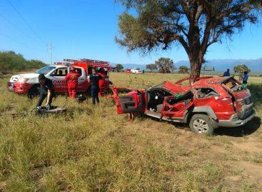 Terrible vuelco dejó dos heridos de gravedad en ruta 38