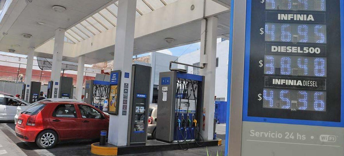 YPF: leve baja en el precio de sus naftas, pero suba del 3% en el gasoil