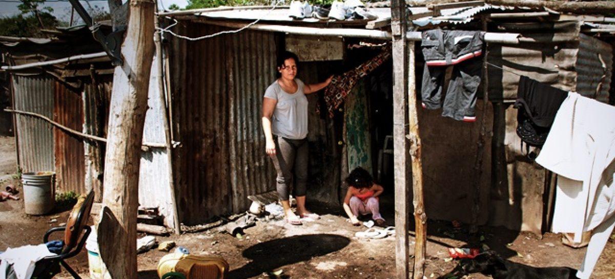 La pobreza llegó al 37,5% en el último año del gobierno de Macri