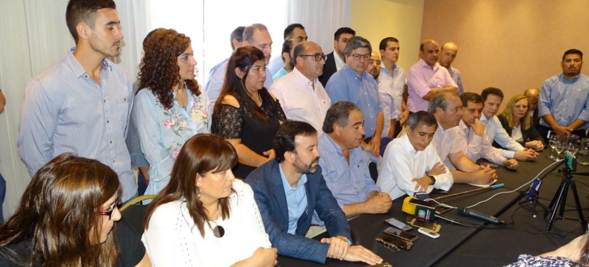 Unida, la oposición organiza una campaña 'anti enmienda'
