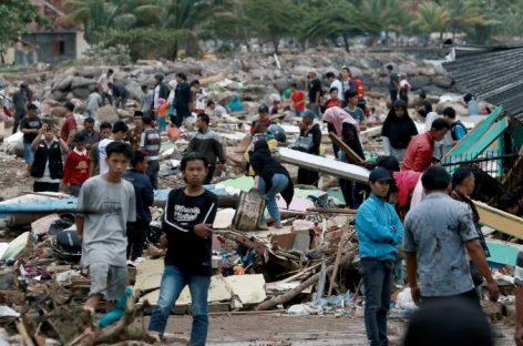 Terrible cifra de muertos por tsunami en Indonesia