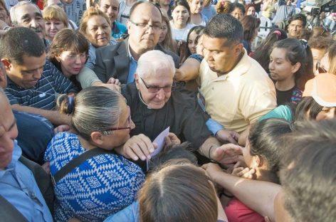 Darío Betancourt vuelva La Rioja con sus misas de sanación