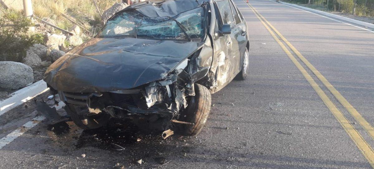 Iba alcoholizado y estrelló su auto contra una columna