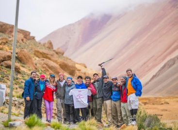 Es riojana, ejemplo de superación y escaló a 5800 metros con fines solidarios