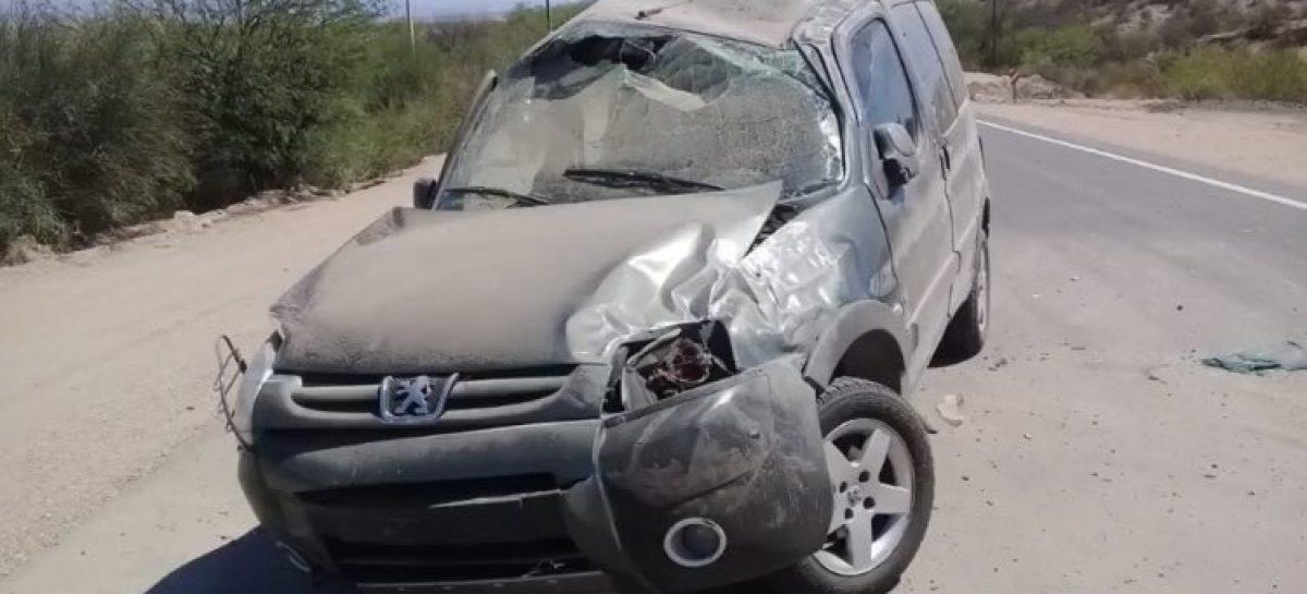 Vuelco trágico: una mujer perdió la vida en ruta 40