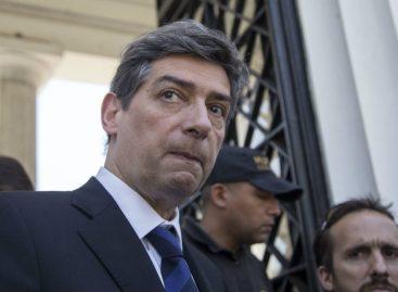 Horacio Rosatti define la suerte del amparo contra la consulta popular