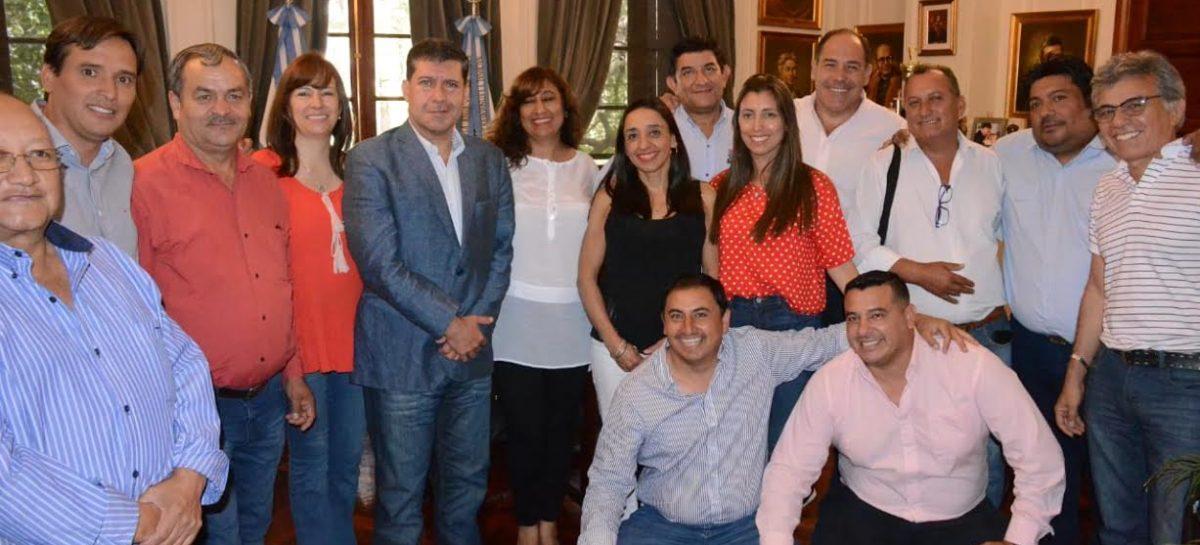 Intendentes del PJ ratifican respaldo a la reelección de Casas