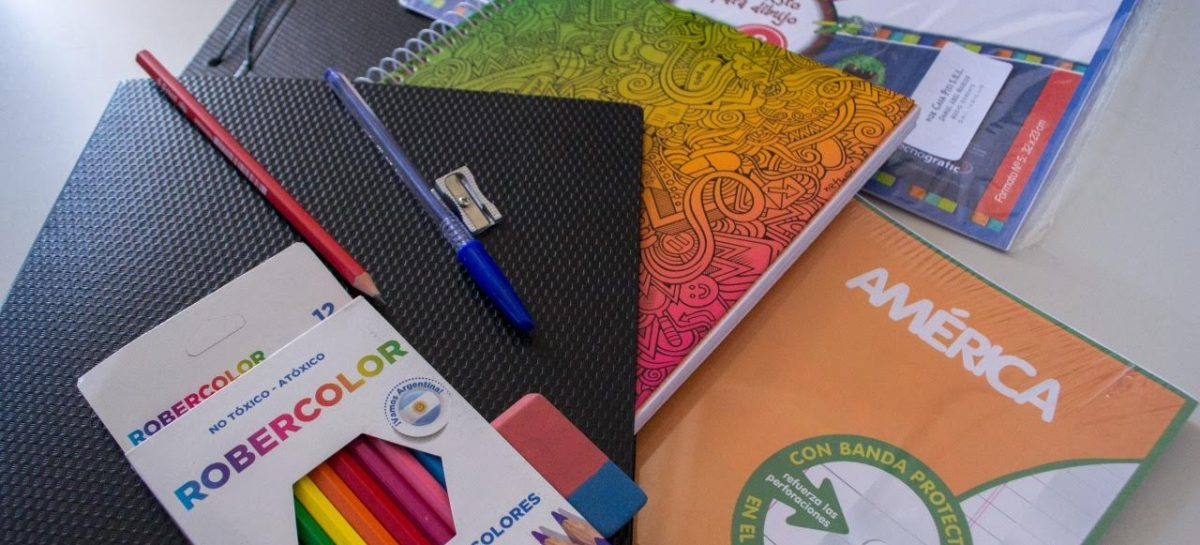El gobierno entregará kits escolares a 50 mil alumnos riojanos