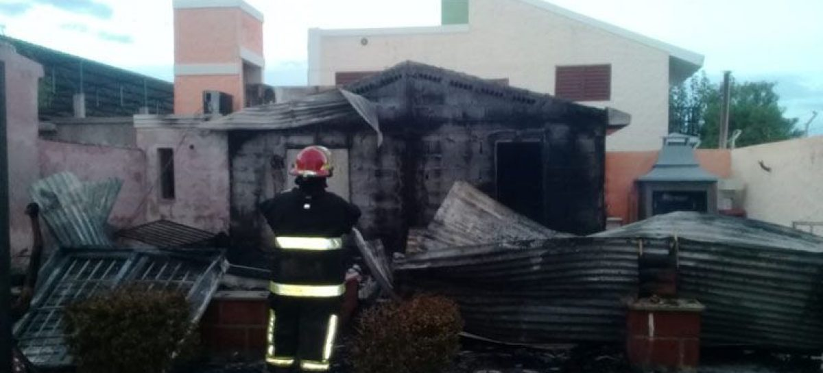 Se incendió la casa del padre del vice intendente capitalino
