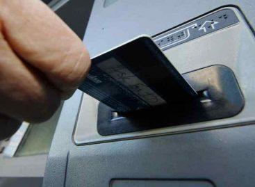 Riojano fue detenido con 62 tarjetas de débito en un cajero automático