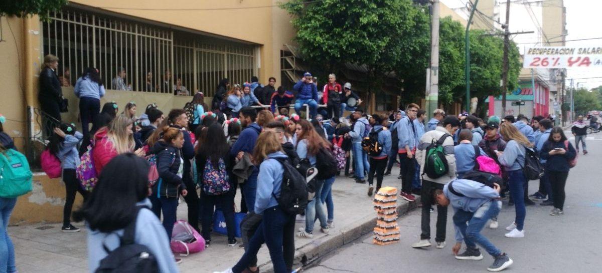 El 'Último Primer Día': el festejo de alumnos que preocupa