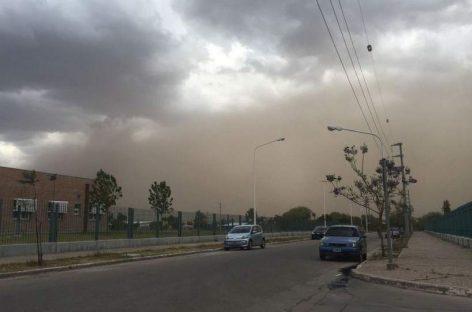 Emiten alerta meteorológica para La Rioja: tormentas fuertes