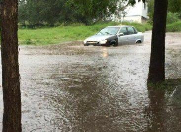 Las inundaciones en Chepes dejaron casi un centenar de asistidos