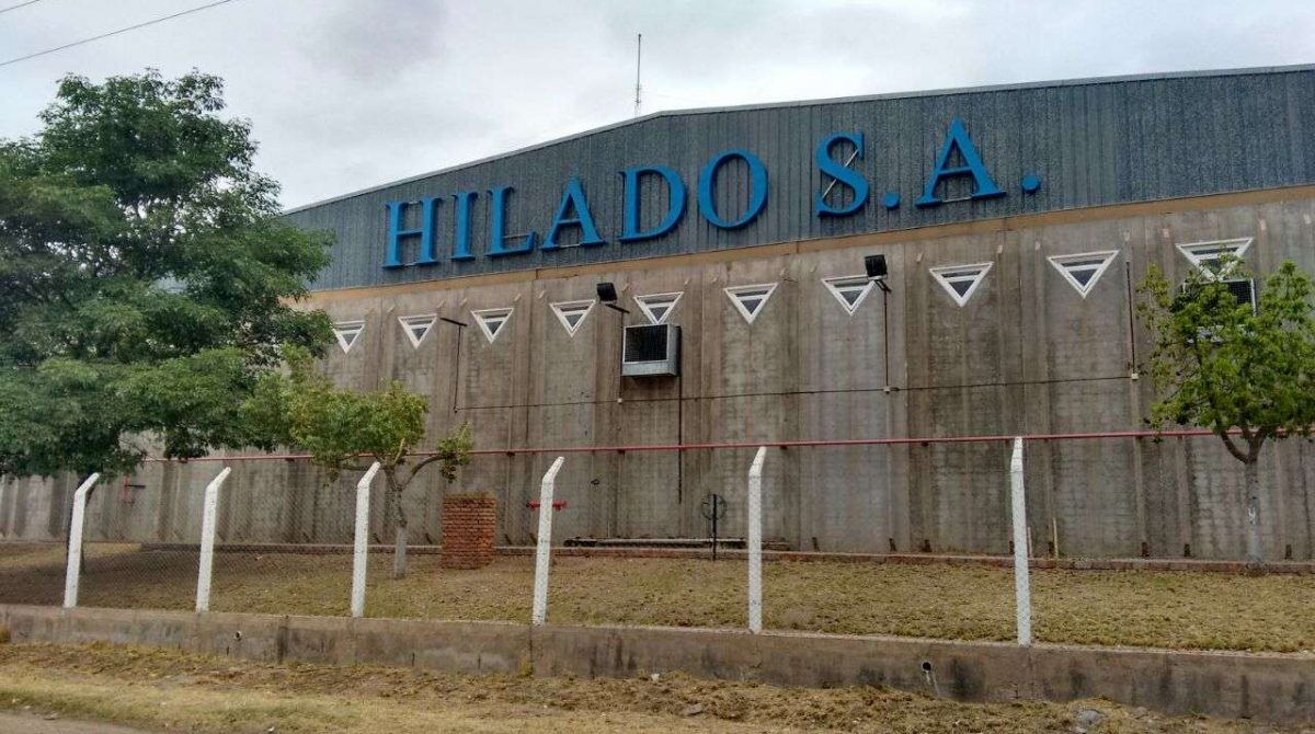 Cierra la planta textil Hilado I: 180 operarios en la calle