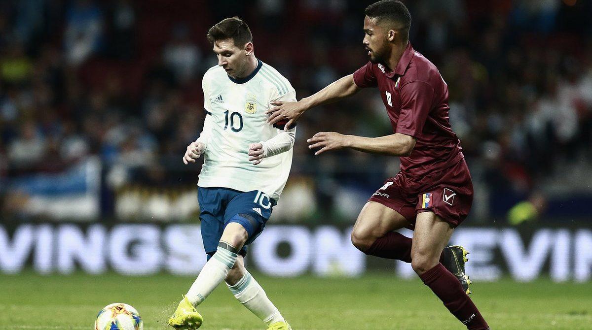 Messi solo no puede. Argentina cayó 3-1 ante Venezuela