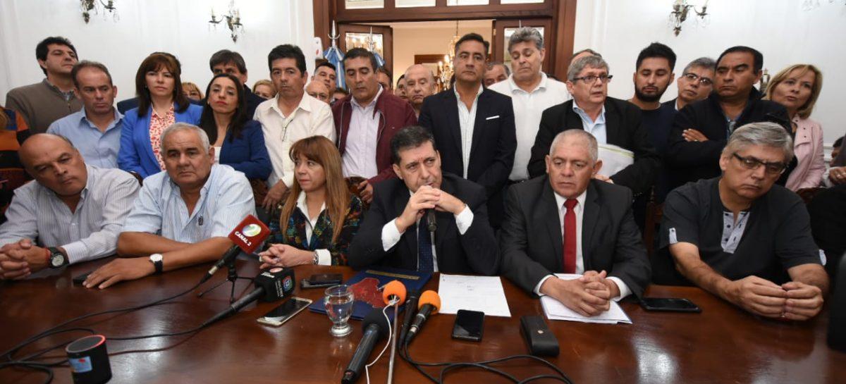 El gobierno riojano anunció 15% de aumento al básico para estatales