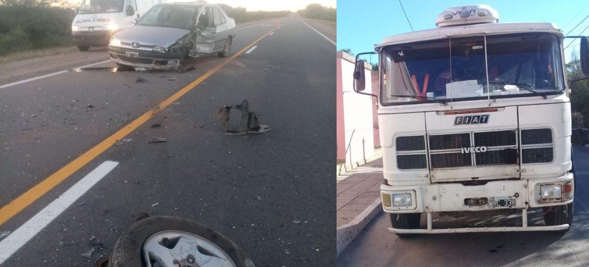 Otro siniestro rutero: chocaron un auto y un camión