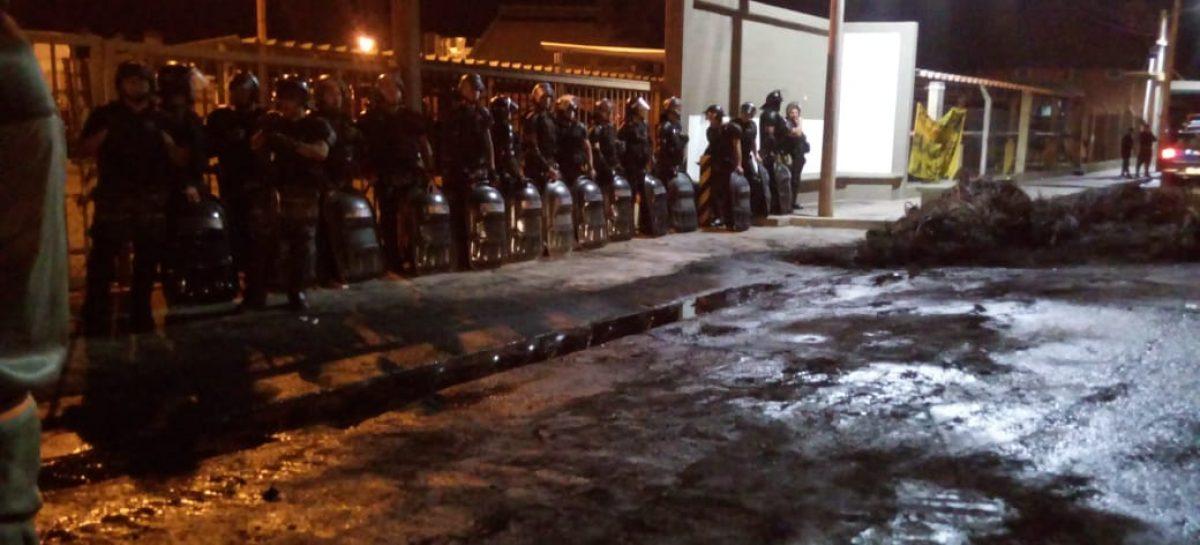 Desalojaron a cesanteados de Ritex que piden 100% de indemnización