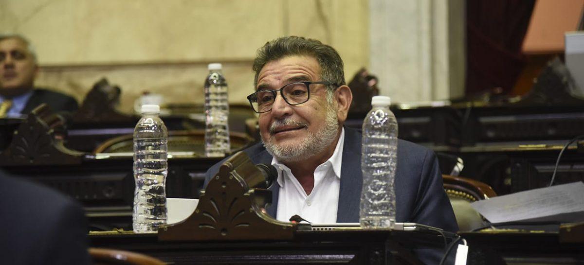 """Beder a Marcos Peña por las tarifas: """"La gente no puede pagar la luz"""""""