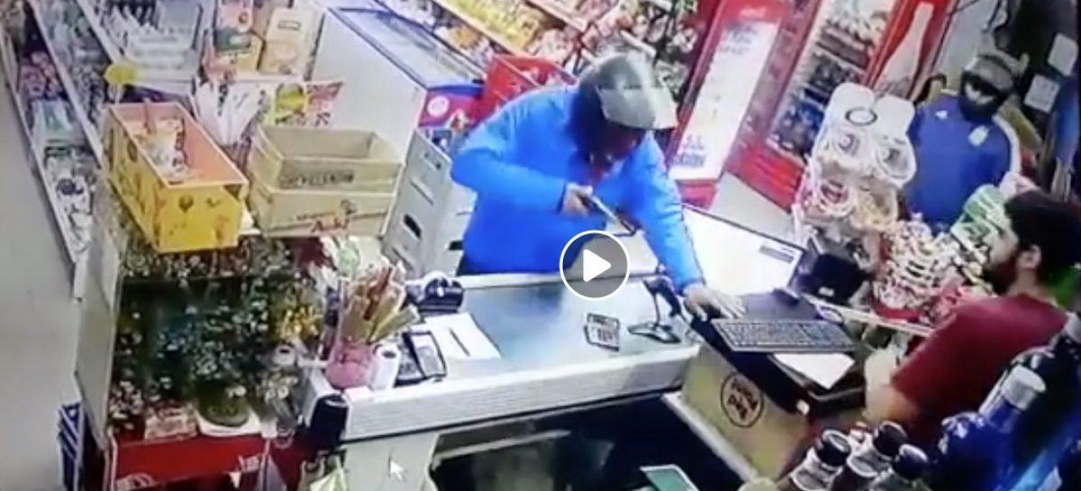 Capital. Violento asalto a mano armada a supermercado
