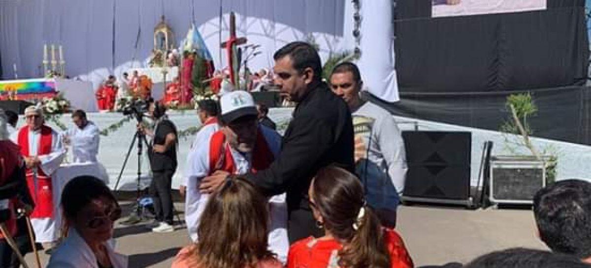 La Iglesia sancionó al cura que escrachó a Michetti