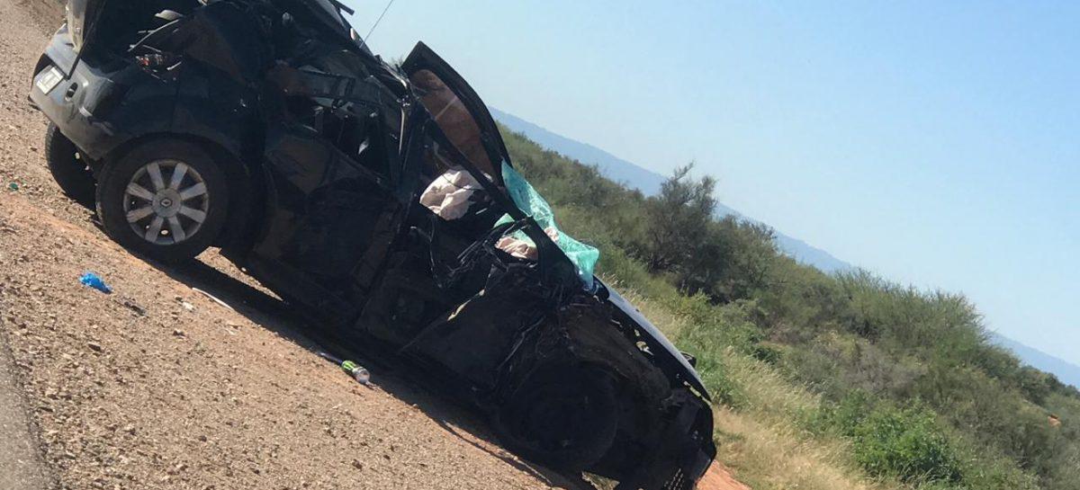 Dos muertos y un menor en grave estado tras trágico accidente en Ruta 38
