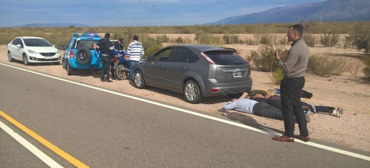 Cinco catamarqueños detenidos por robo en La Rioja