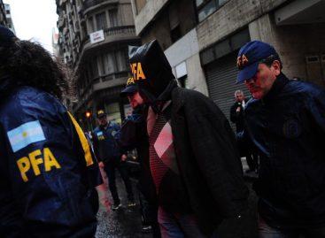 Ya son dos los detenidos por el ataque a balazos a Olivares y Yadón