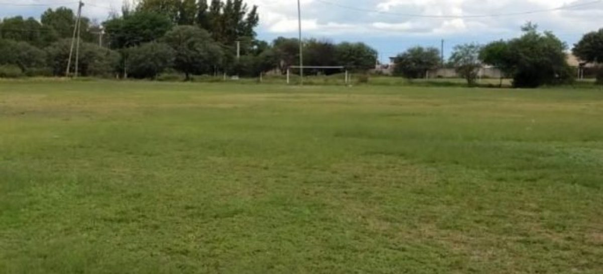 Jugaba al fútbol, le dio un paro cardíaco y murió