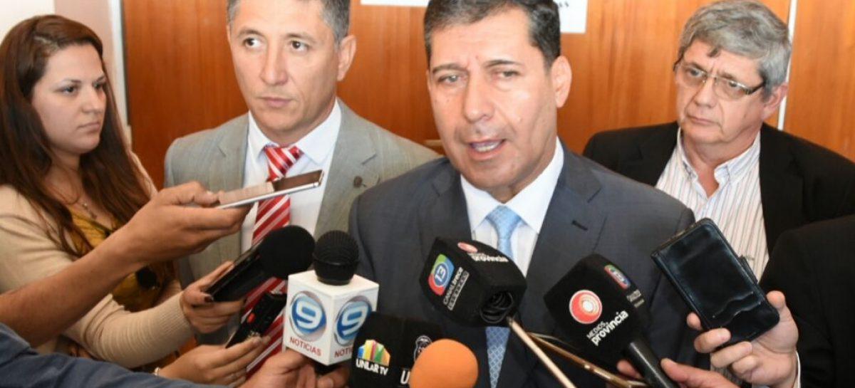 """Casas prometió el segundo aumento salarial """"para dentro de muy poco"""""""