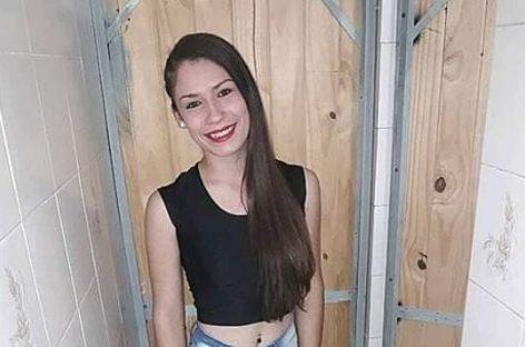 Apareció la joven que era buscada en Villa Castelli: no vuelve a su casa