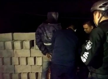 Un policía auxilió a una vecina y fue apuñalado por un ladrón