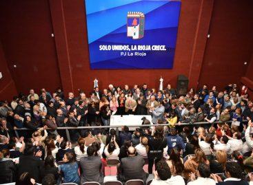 El PJ y docenas de partidos políticos forjaron el 'Frente Patriótico Riojano'