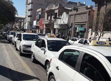 Capital. Fuerte aumento en tarifas de taxis y remises