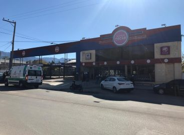 A mano armada, robaron 520 mil pesos del supermercado Oscar