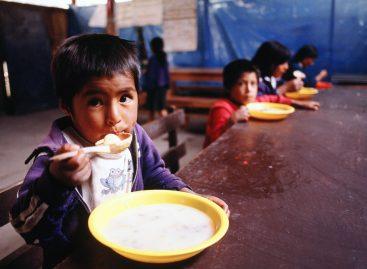 Más de la mitad de los niños y adolescentes son pobres en Argentina