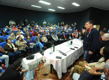Docenas de gremios se encolumnaron tras la candidatura de Sergio Casas