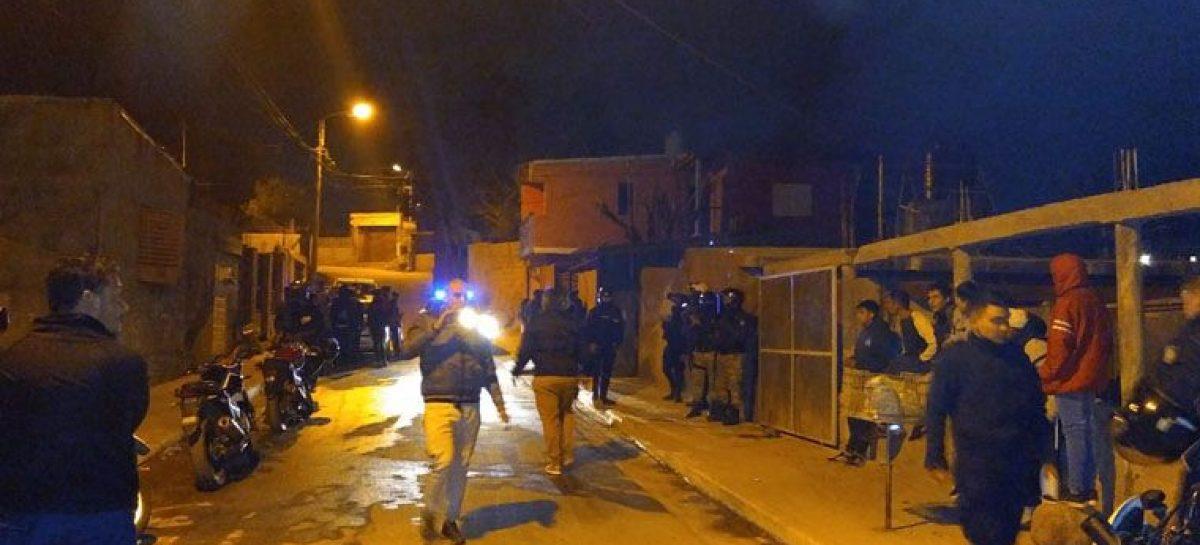 Un joven murió asfixiado al incendiarse una casa en barrio 10 de Junio