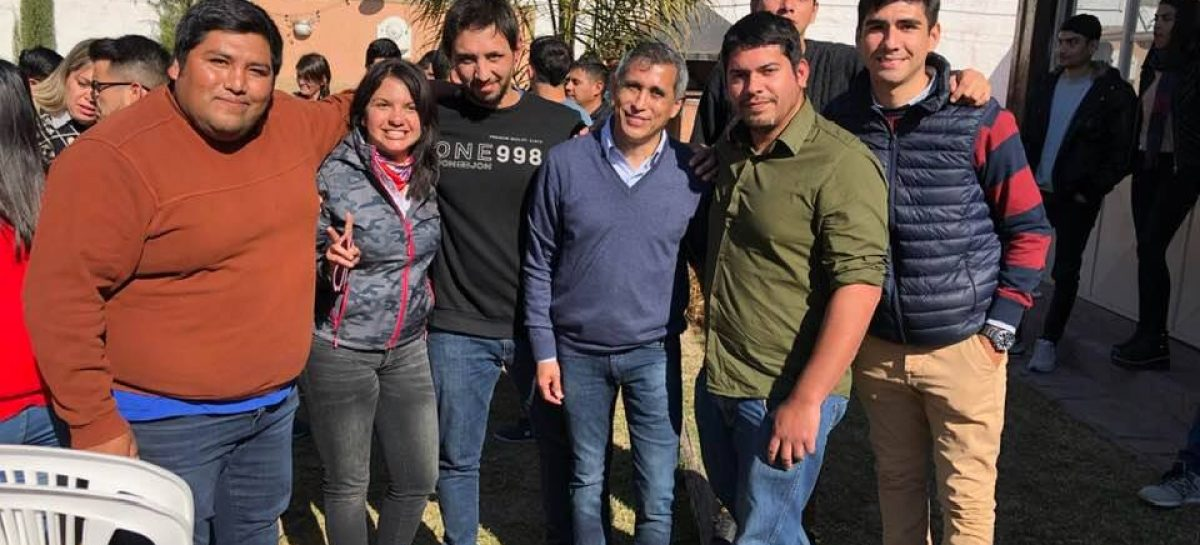 Paredes Urquiza dispuesto a jugar por la arriesgada 'avenida del medio'
