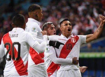 Copa Libertadores. Perú goleó a Chile por 3 a 0 y disputará con Brasil la final