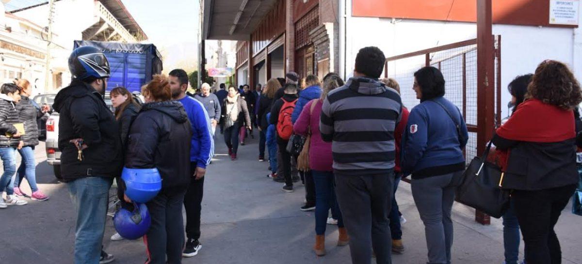 Siguen las ventas récord por los descuentos del Banco Rioja