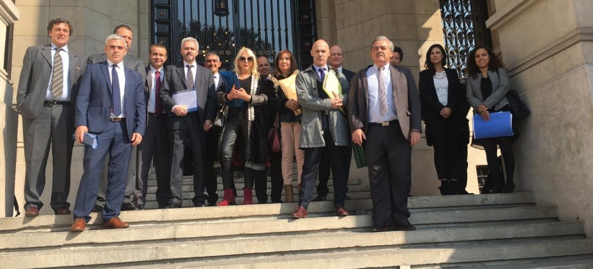 La Rioja y otras 12 provincias presentaron amparo contra Nación