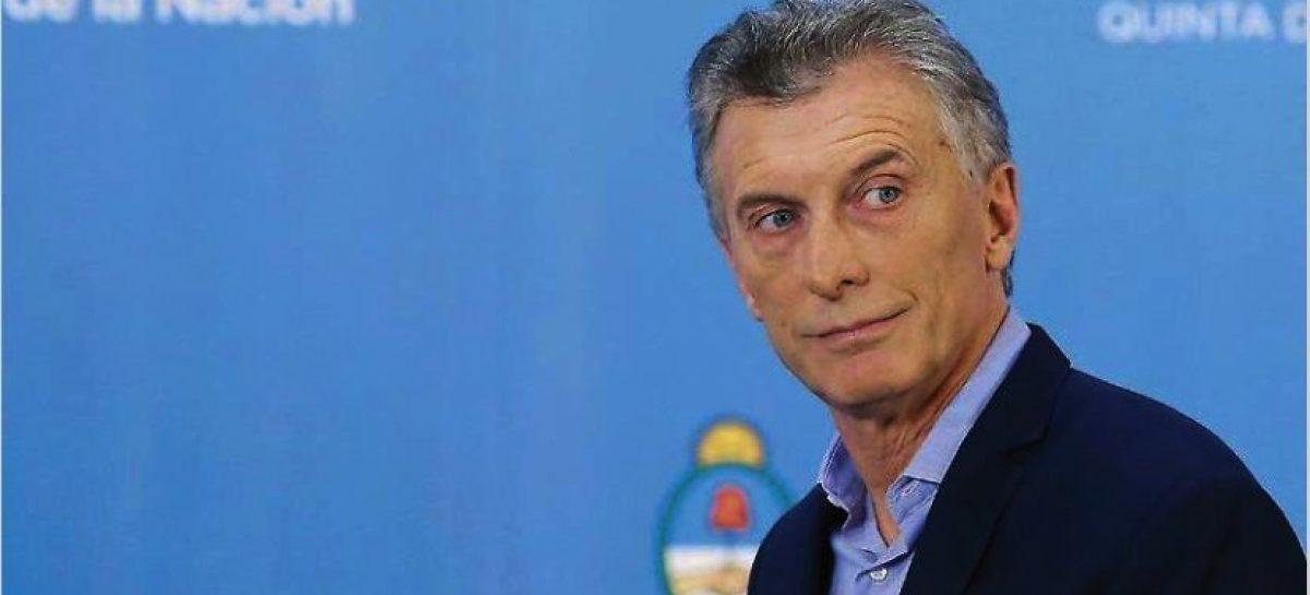 Macri deja la presidencia con más de 40% de pobreza